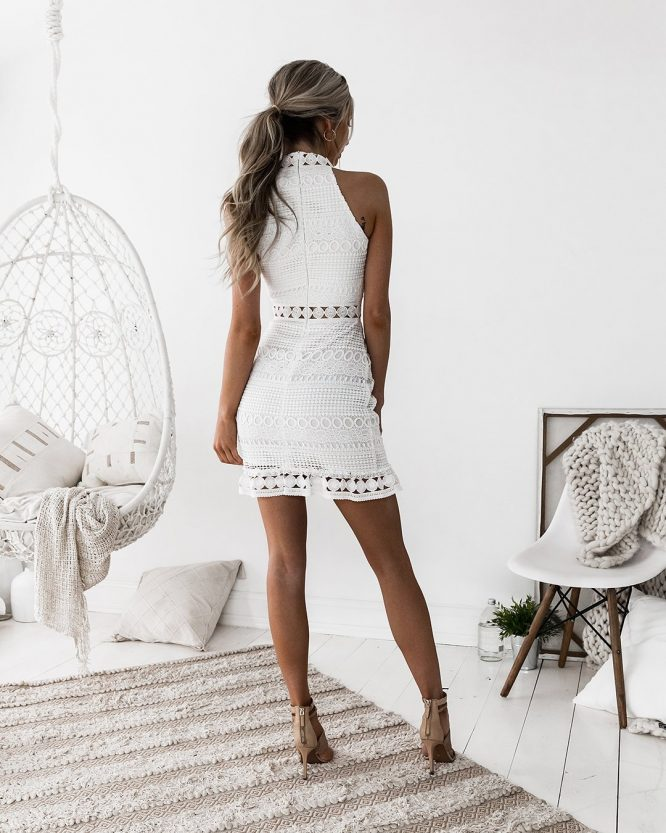 Rivers Dress White - Two Sisters The Label bk