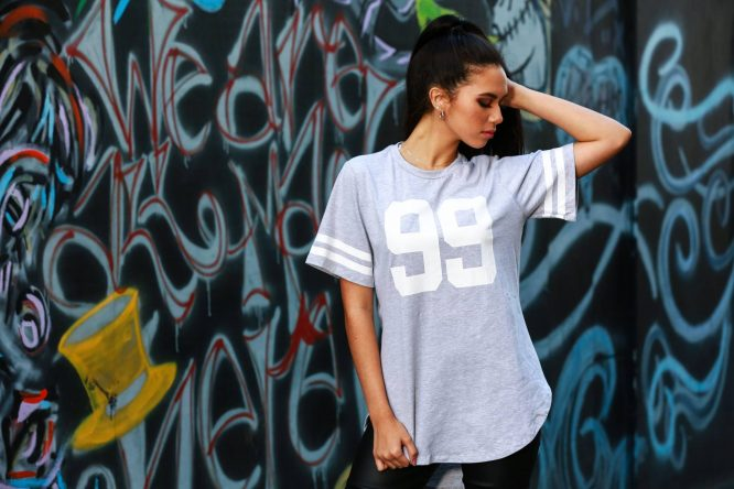 Hustle Jersey Tee grey