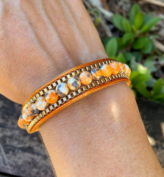 Marbled Bead Snap Clip Bracelet orange